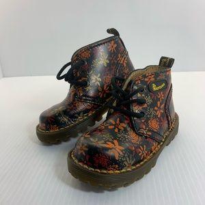 Dr. Martens Boots (Flowers) SIZE 9 (Doc Martens)